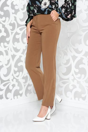 Pantaloni StarShinerS maro office cu un croi drept din stofa usor elastica cu talie medie