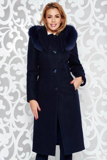 Palton albastru-inchis elegant cu un croi drept din lana captusit pe interior cu guler din blana naturala cu buzunare