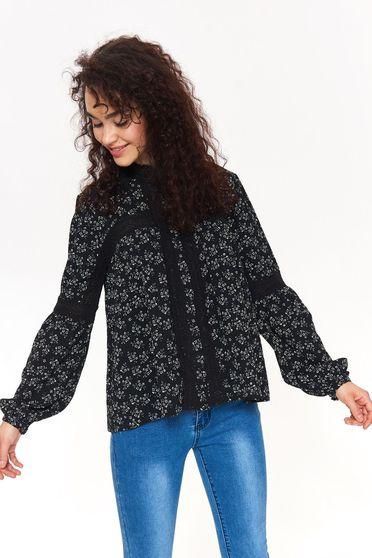 Bluza dama Top Secret neagra casual cu croi larg cu aplicatii de dantela cu imprimeu floral