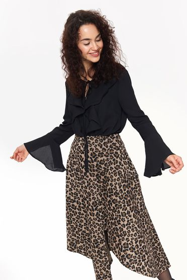 Bluza dama Top Secret neagra eleganta cu croi larg cu volanase cu maneci clopot