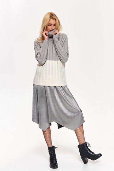 Pulover Top Secret gri casual cu croi larg pe gat din material tricotat