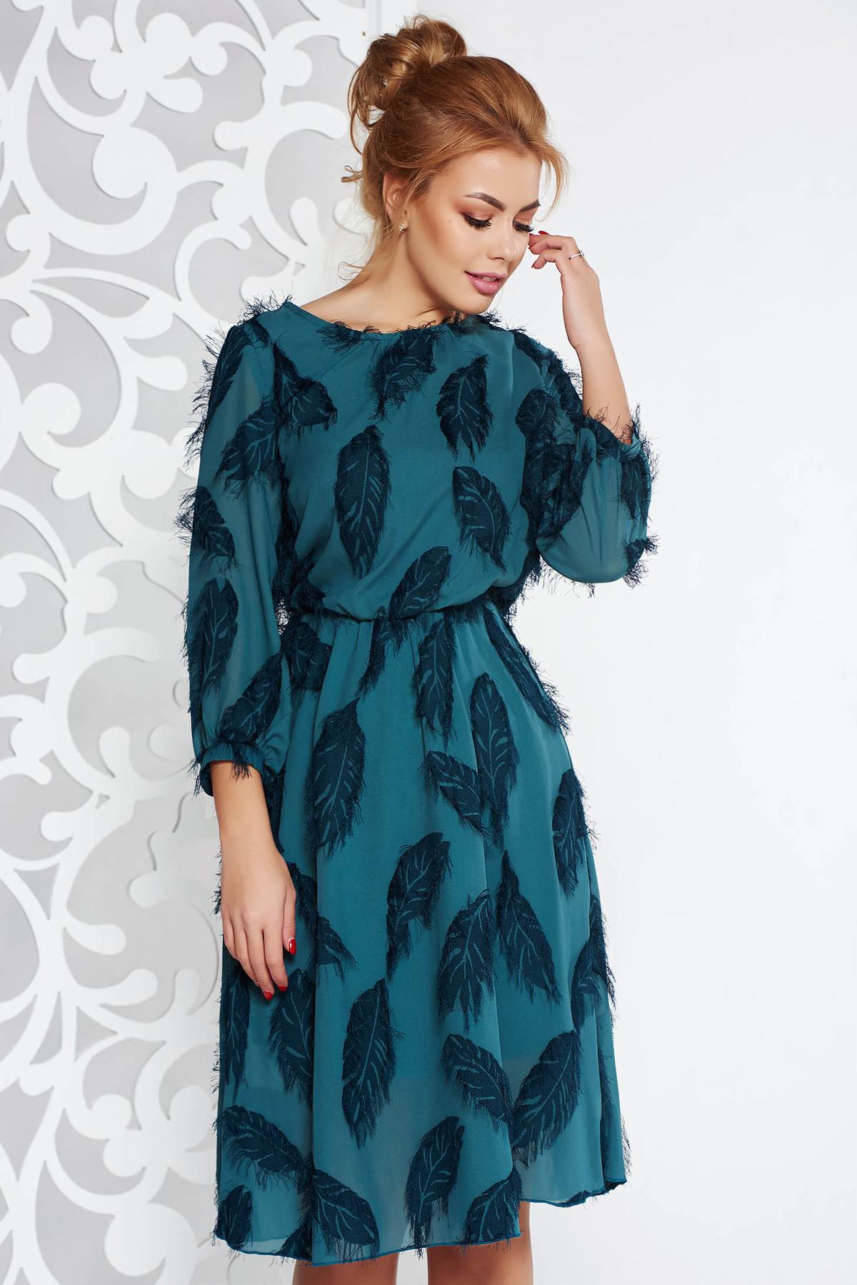 Rochie verde-inchis eleganta midi in clos din voal captusita pe interior cu elastic in talie