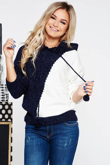 Pulover SunShine albastru-inchis casual cu croi larg din material tricotat catifelat cu gluga