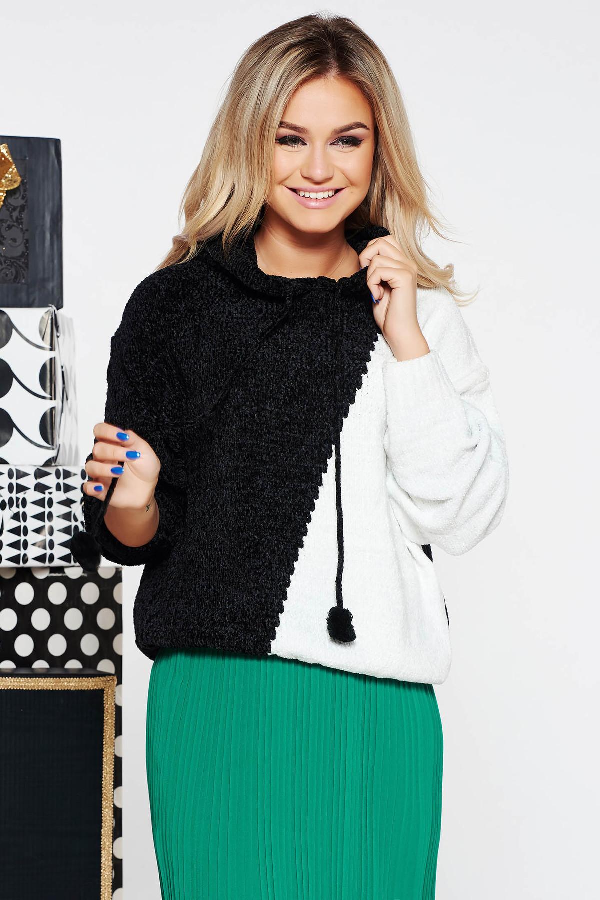 Pulover SunShine negru casual cu croi larg din material tricotat catifelat cu gluga
