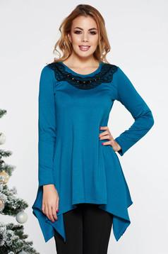 Bluza dama LaDonna turcoaz eleganta asimetrica cu croi larg din material usor elastic cu insertii de broderie