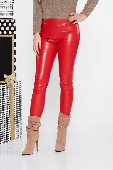 Colanti PrettyGirl rosu casual cu un croi mulat cu talie medie din piele ecologica cu elastic in talie