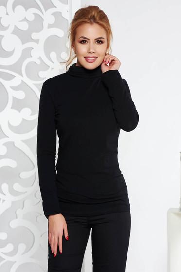 Bluza dama neagra casual cu un croi mulat pe gat din bumbac usor elastic cu maneca lunga