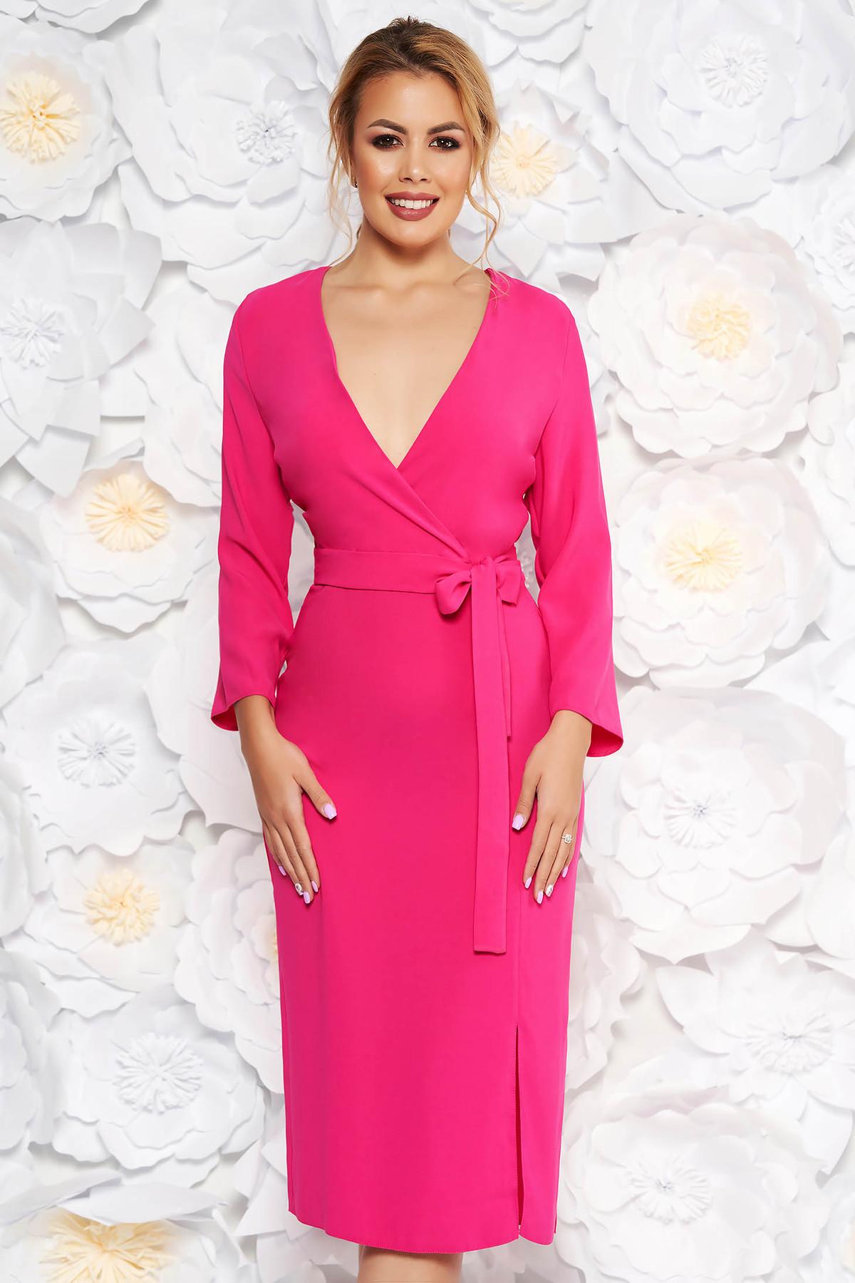 Rochie StarShinerS roz eleganta cu decolteu in v din material neelastic accesorizata cu cordon