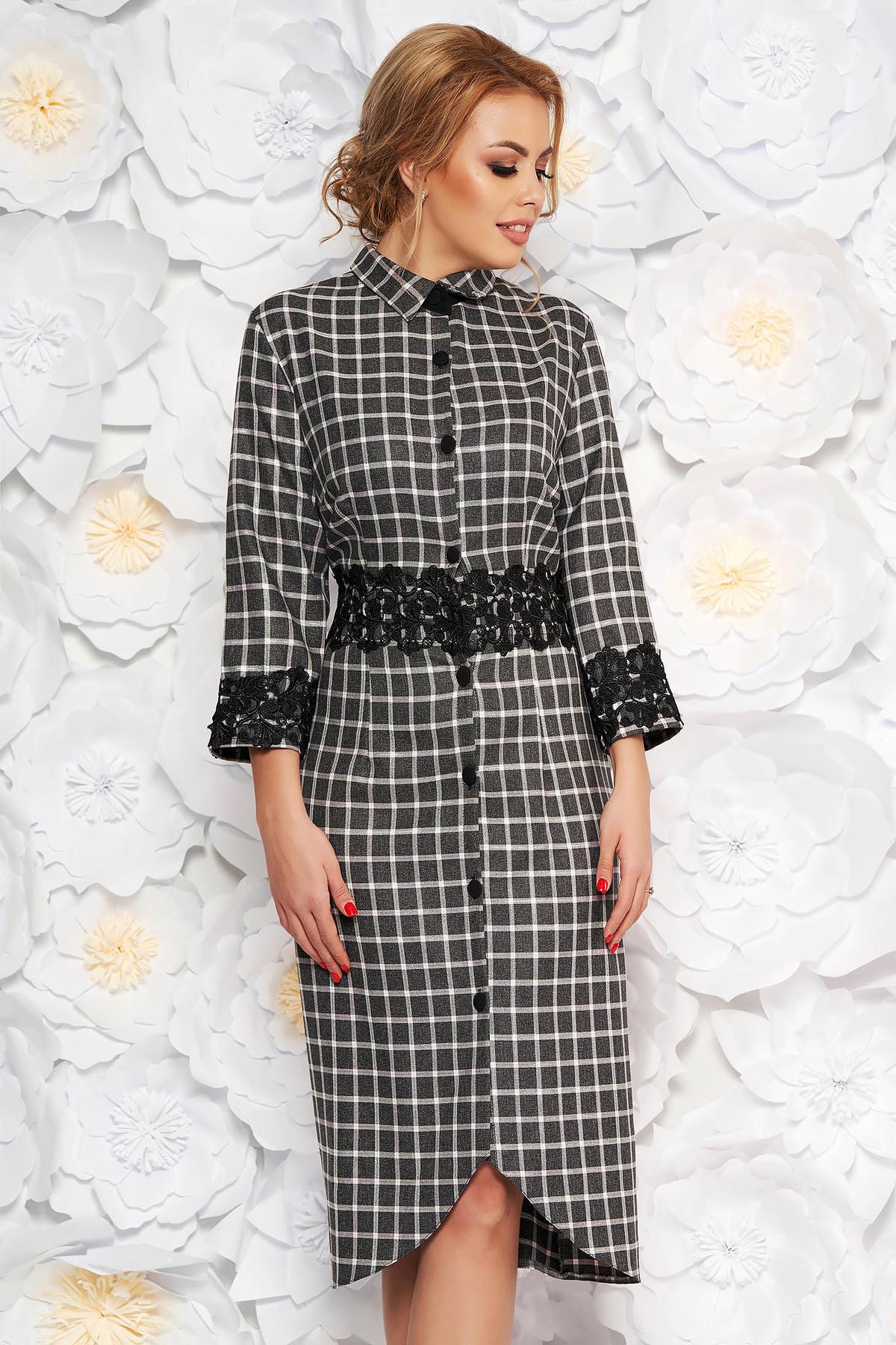 Rochie neagra eleganta midi din stofa neelastica cu aplicatii de dantela accesorizata cu cordon