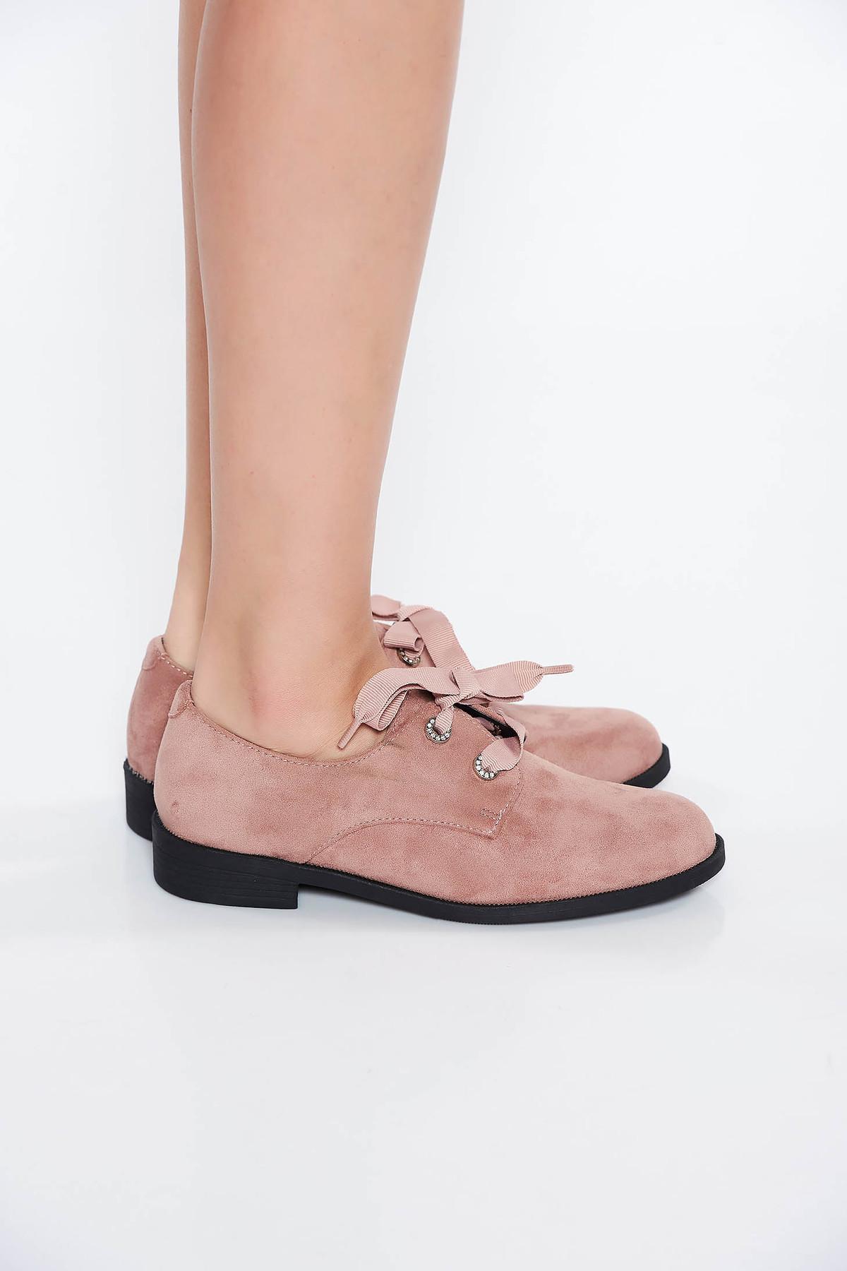 Pantofi roz deschis casual cu talpa usoara din piele ecologica cu siret