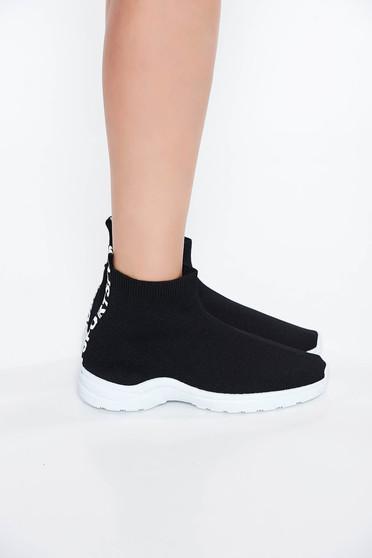 Pantofi sport negru casual cu talpa joasa cu varful usor rotunjit