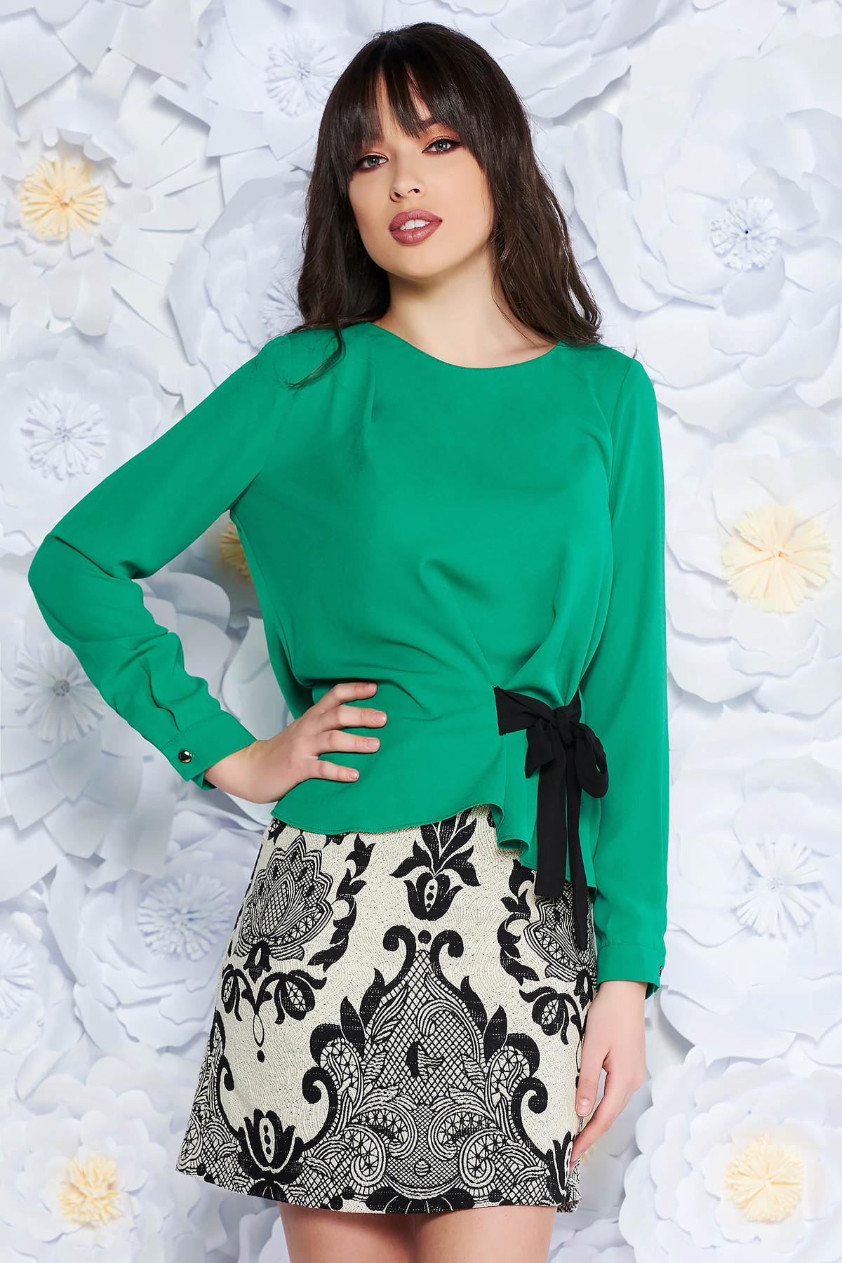 Bluza dama verde eleganta cu croi larg din material vaporos cu maneci lungi
