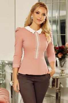 Camasa dama Fofy rosa office cu un croi mulat din bumbac usor elastic cu aplicatii de dantela si perle