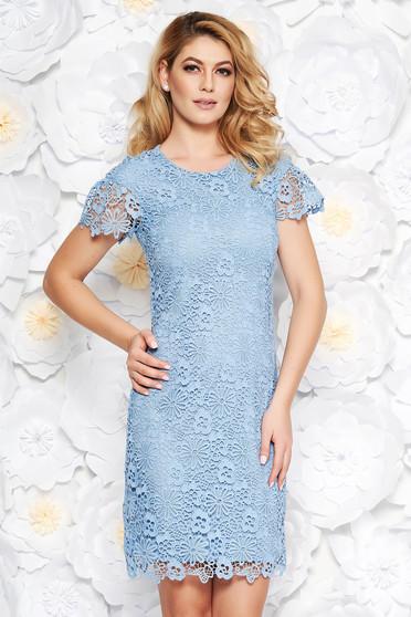 Rochie albastra-deschis eleganta midi tip creion din dantela captusita pe interior cu maneci scurte