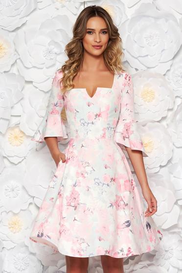 Rochie StarShinerS rosa de zi midi in clos din material fin la atingere cu imprimeuri florale