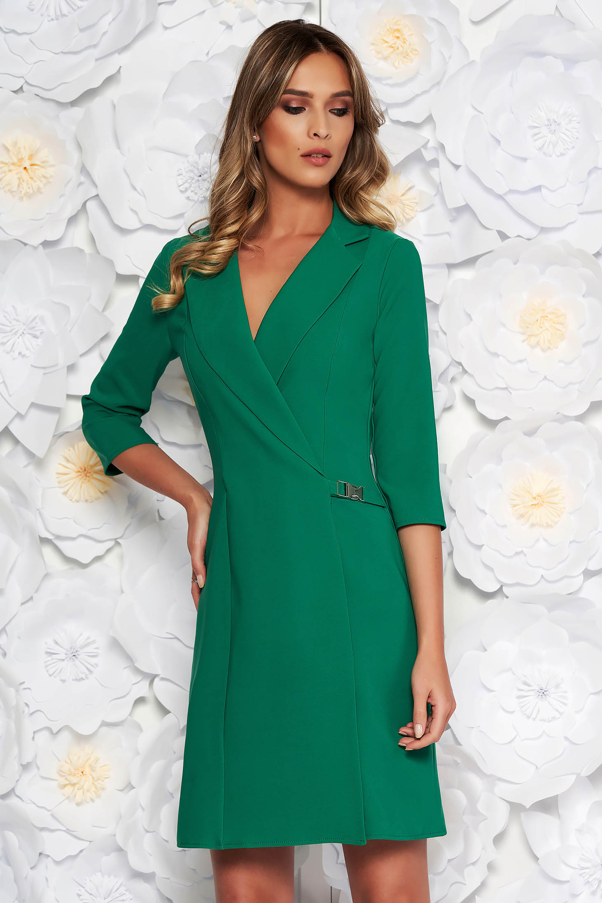Rochie Artista verde eleganta tip sacou cu croi in A din stofa usor elastica captusita pe interior