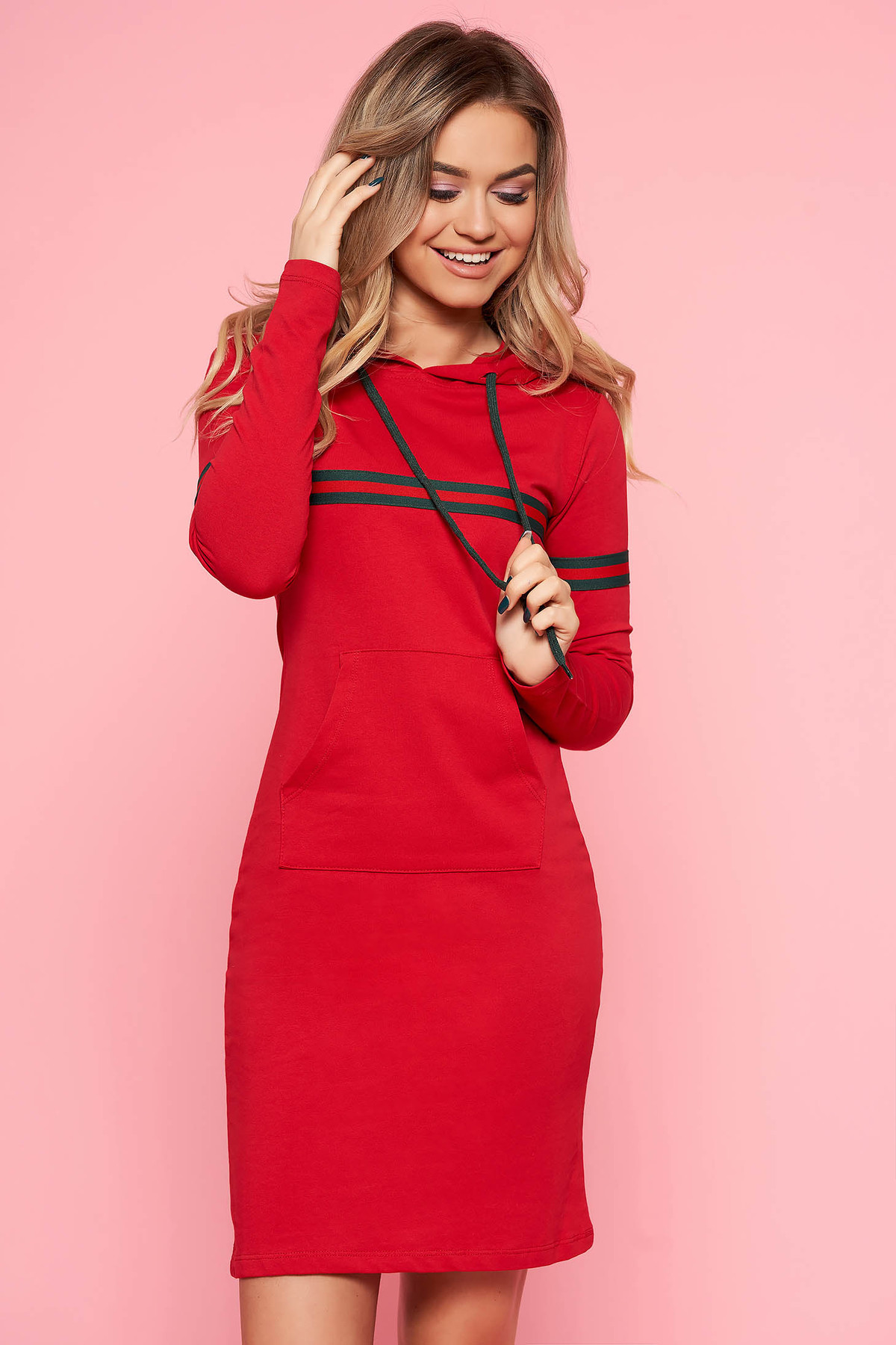 Rochie SunShine rosie casual din bumbac usor elastic cu buzunare in fata si gluga nedetasabila