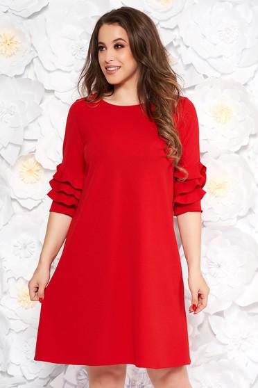 Rochie rosie eleganta cu croi larg din material usor elastic cu volanase la maneca