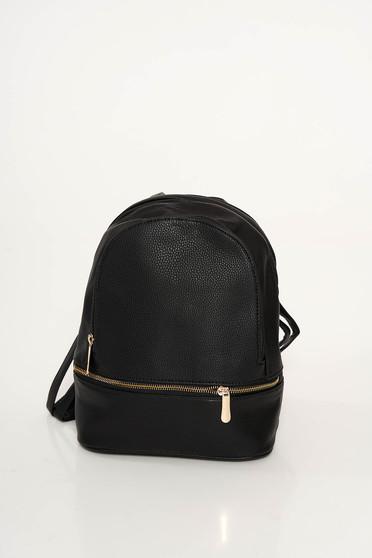 Rucsac negru casual din piele ecologica accesorizat cu fermoar