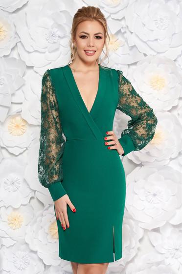 Rochie verde-inchis eleganta tip creion cu decolteu in v din material usor elastic cu maneci din dantela