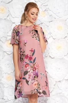 Rochie roz eleganta cu croi larg din material vaporos cu imprimeuri florale