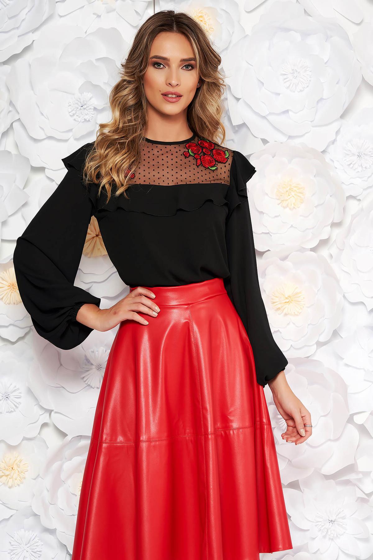 Bluza dama LaDonna neagra eleganta cu croi larg din voal cu insertii de broderie cu volanase