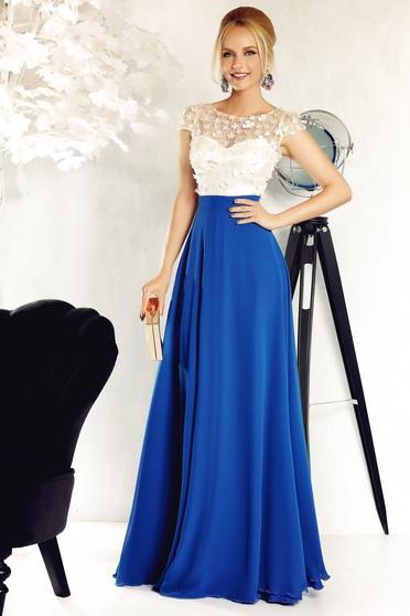 Rochie Fofy albastra de ocazie in clos din voal captusita pe interior cu aplicatii florale cu efect 3d