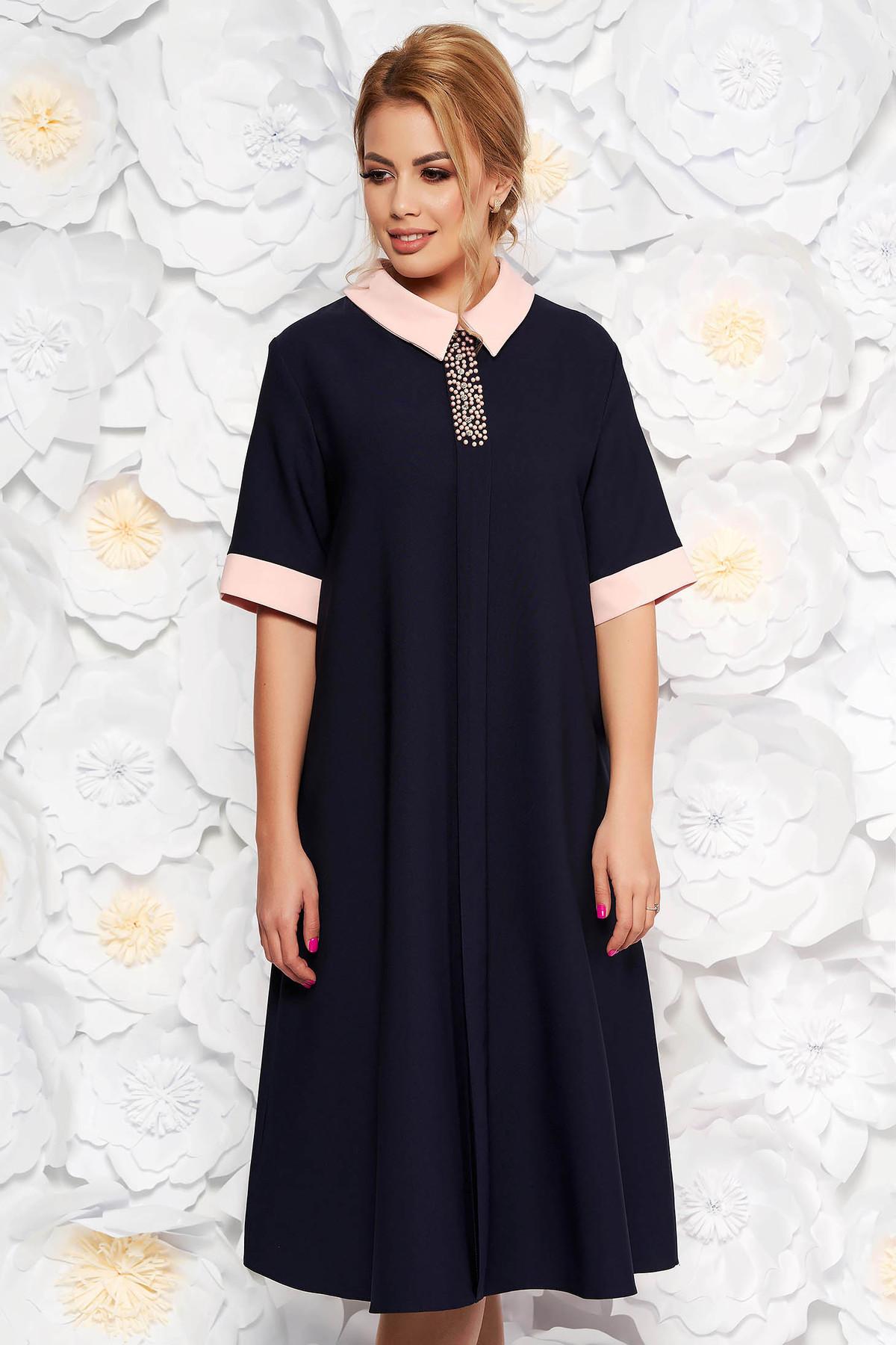 Rochie albastra-inchis eleganta midi cu croi larg din material fin la atingere cu aplicatii cu margele cu buzunare