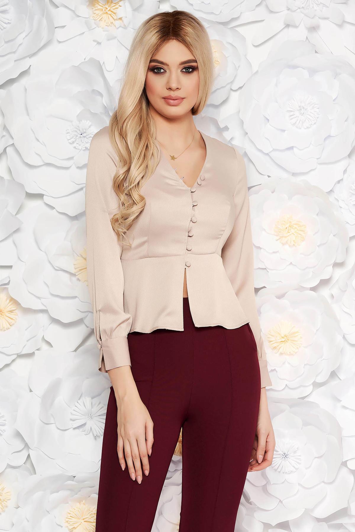 Bluza dama StarShinerS crem eleganta cu un croi mulat din material satinat cu peplum