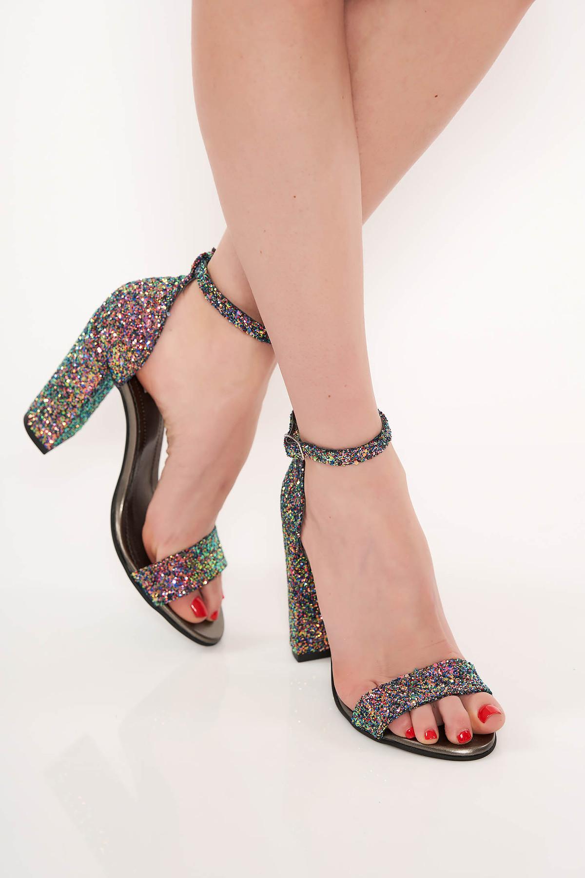 Sandale verde-deschis de ocazie cu toc gros din piele naturala cu aplicatii cu sclipici