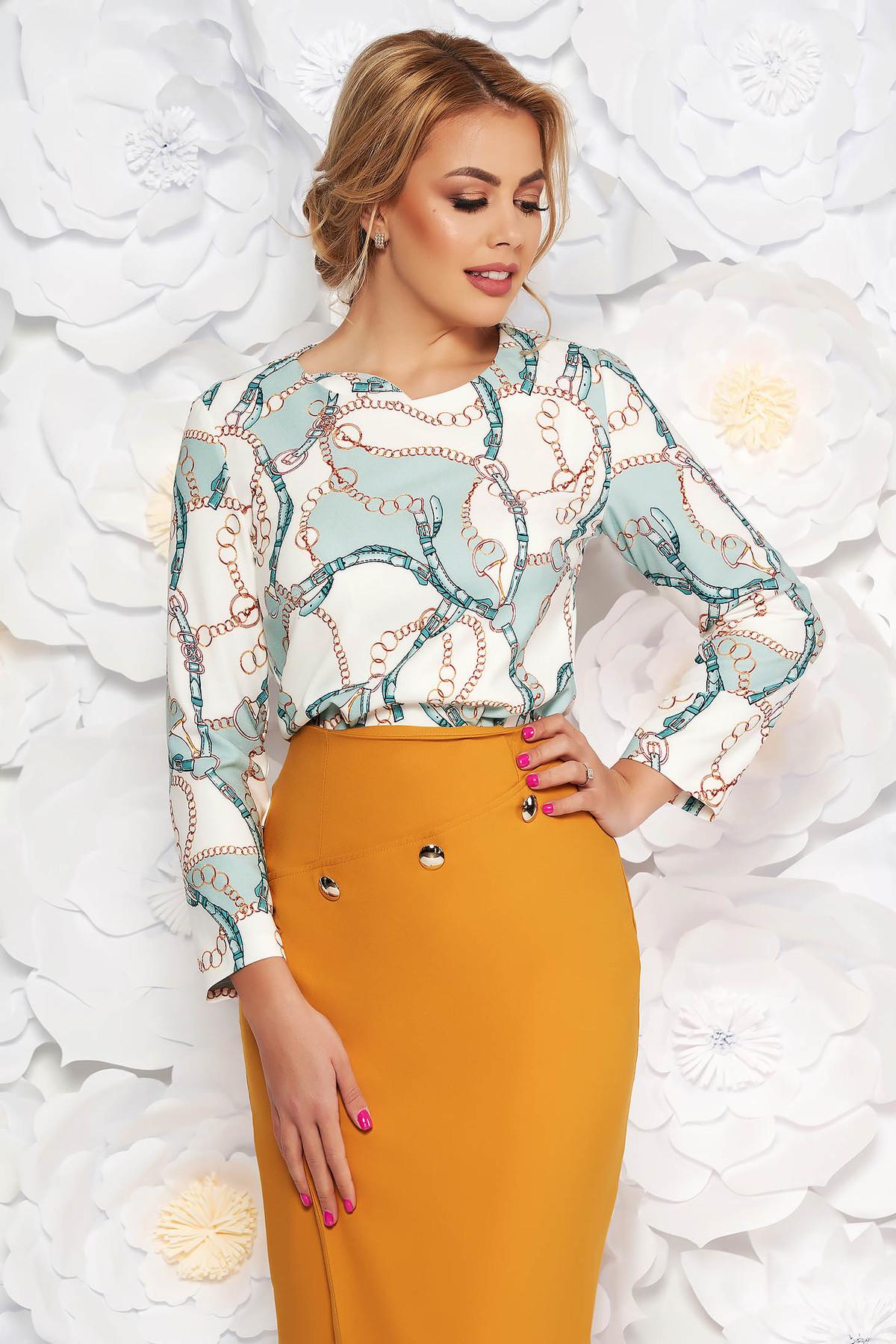 Bluza dama verde-deschis eleganta cu croi larg din material fin la atingere cu imprimeuri grafice