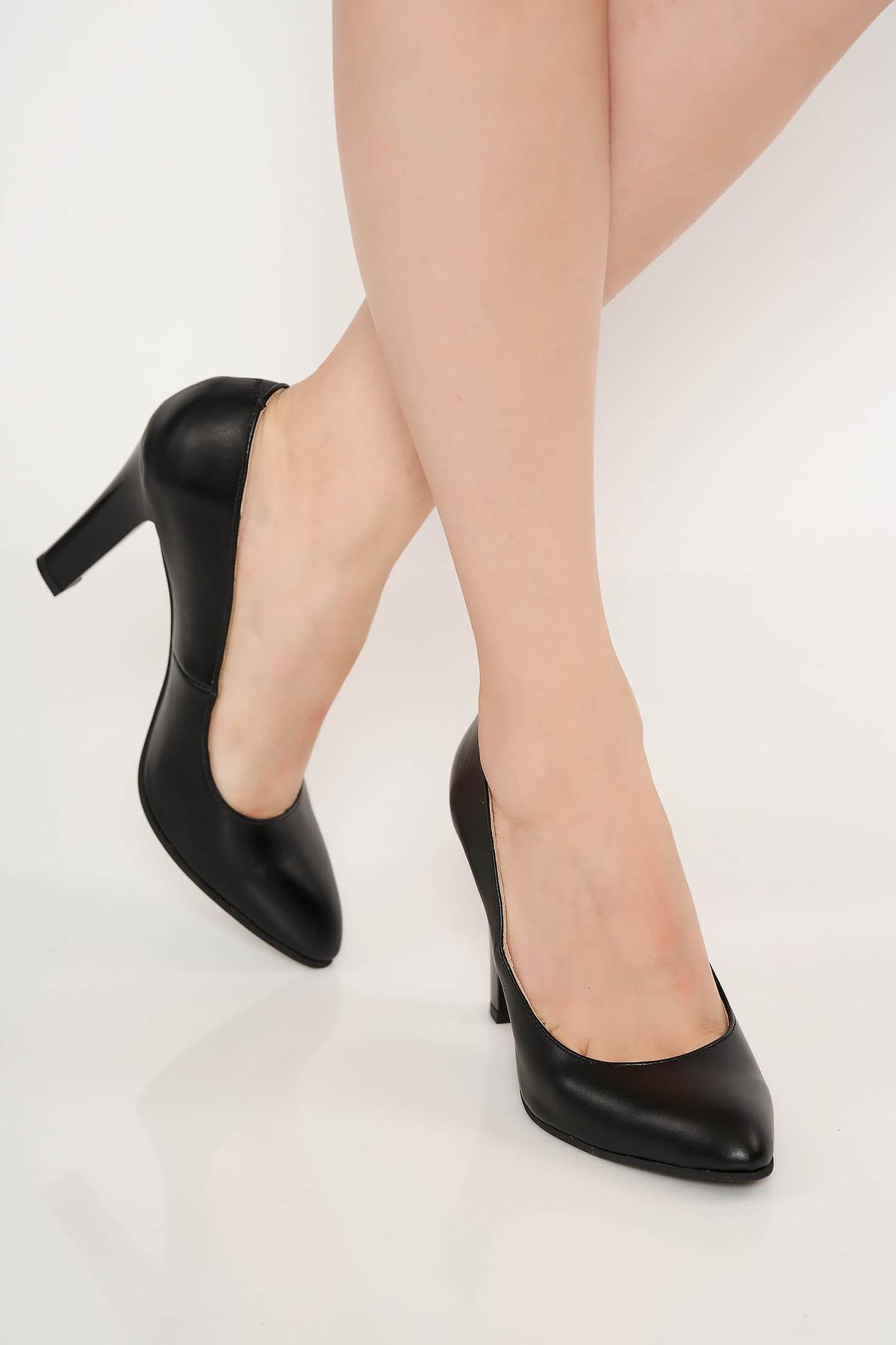 Pantofi negru elegant din piele naturala cu toc inalt cu varful usor ascutit