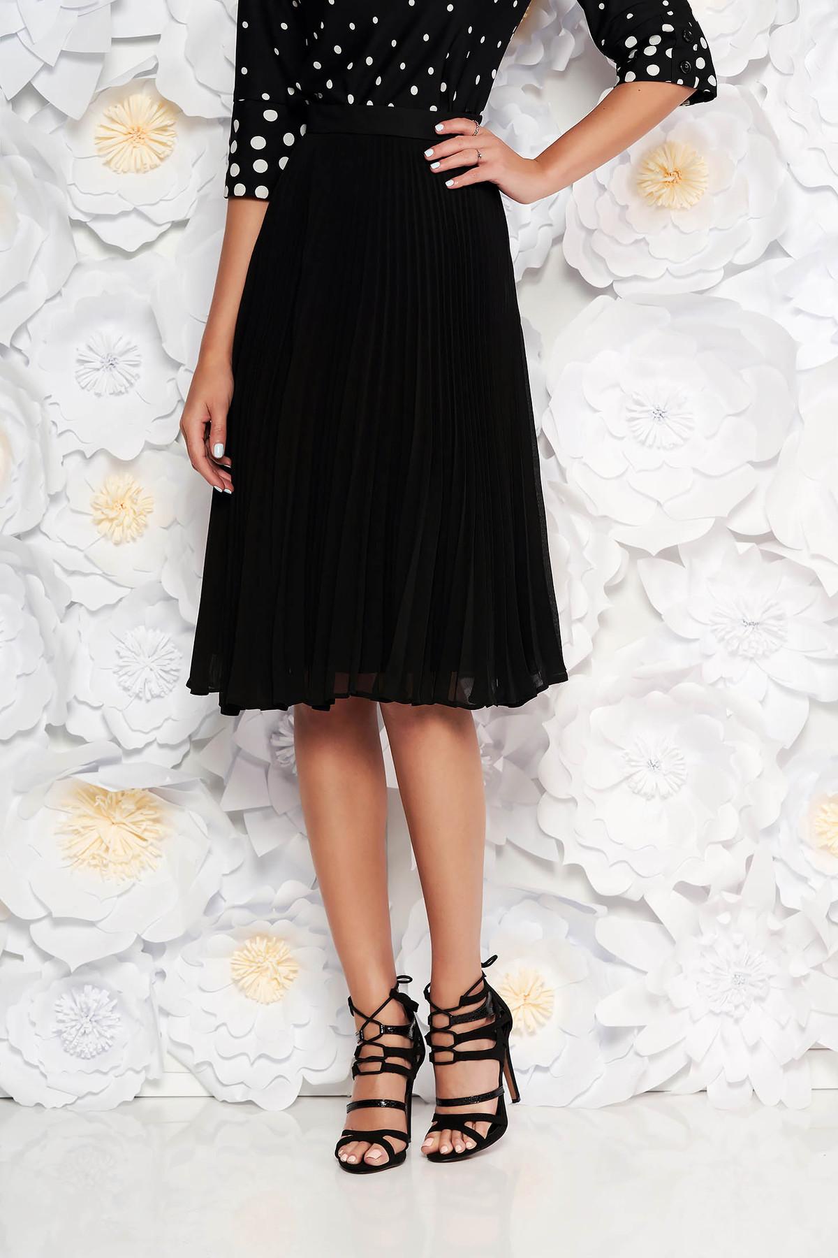 Fusta neagra StarShinerS eleganta in clos plisata cu talie medie din voal
