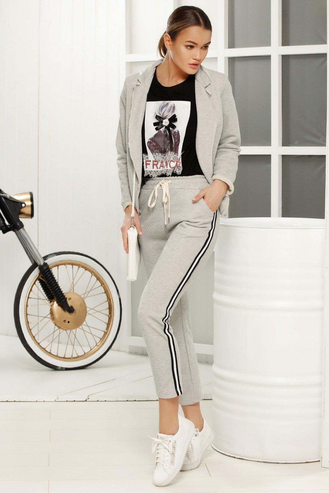 Pantaloni gri casual cu talie medie cu elastic in talie din material fin la atingere