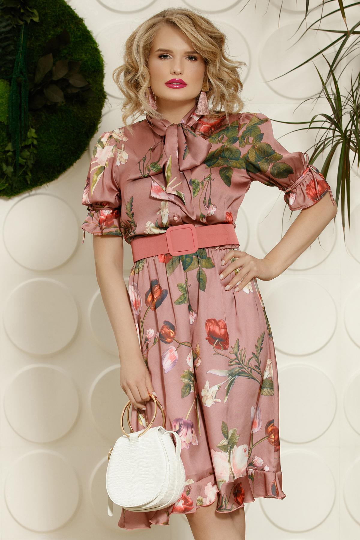 Rochie PrettyGirl rosa eleganta de zi in clos cu elastic in talie cu guler tip esarfa cu accesoriu tip curea