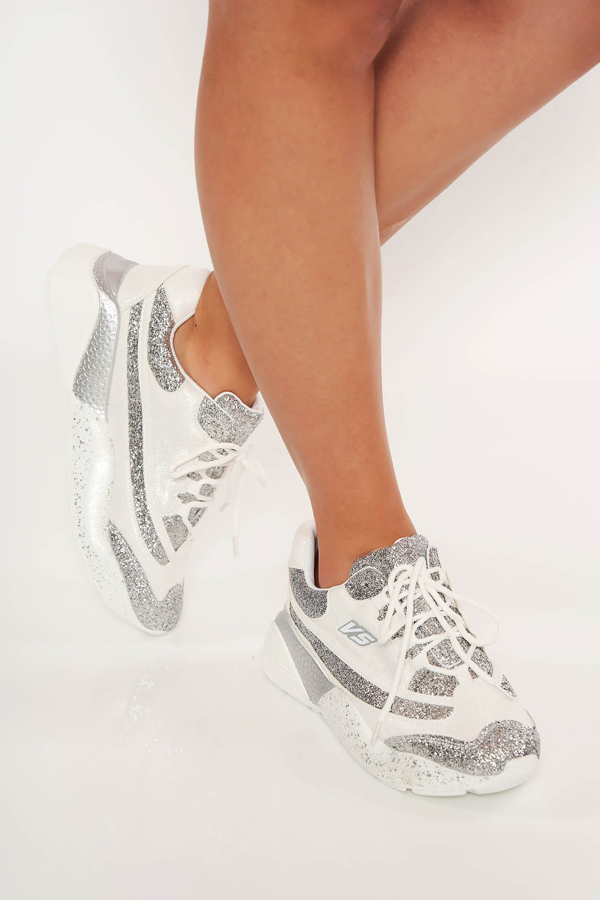 Pantofi sport alb cu siret cu aplicatii cu sclipici