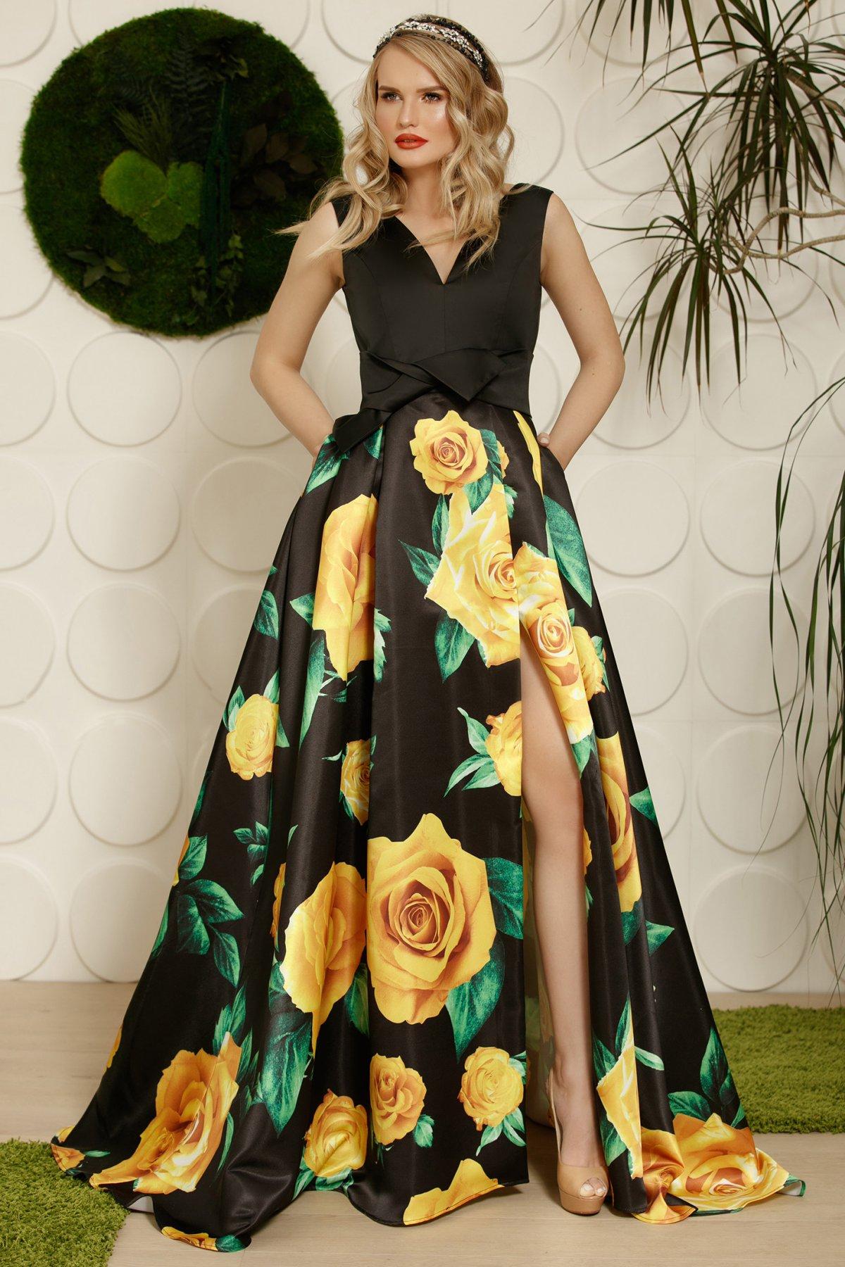 Rochie PrettyGirl neagra de ocazie in clos din material satinat cu imprimeuri florale accesorizata cu cordon
