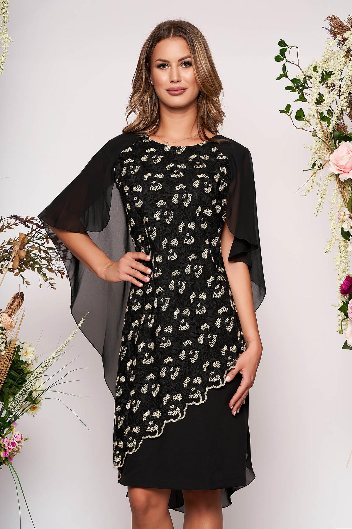 Rochie neagra midi cu un croi drept de ocazie din stofa subtire usor elastica suprapunere cu dantela suprapunere cu voal