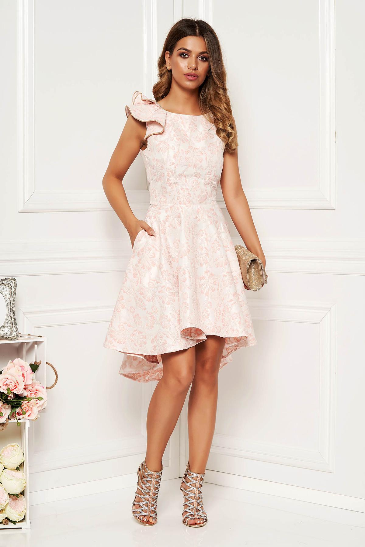 Rochie StarShinerS roz deschis eleganta de ocazie asimetrica in clos cu spatele decupat cu volanase la maneca