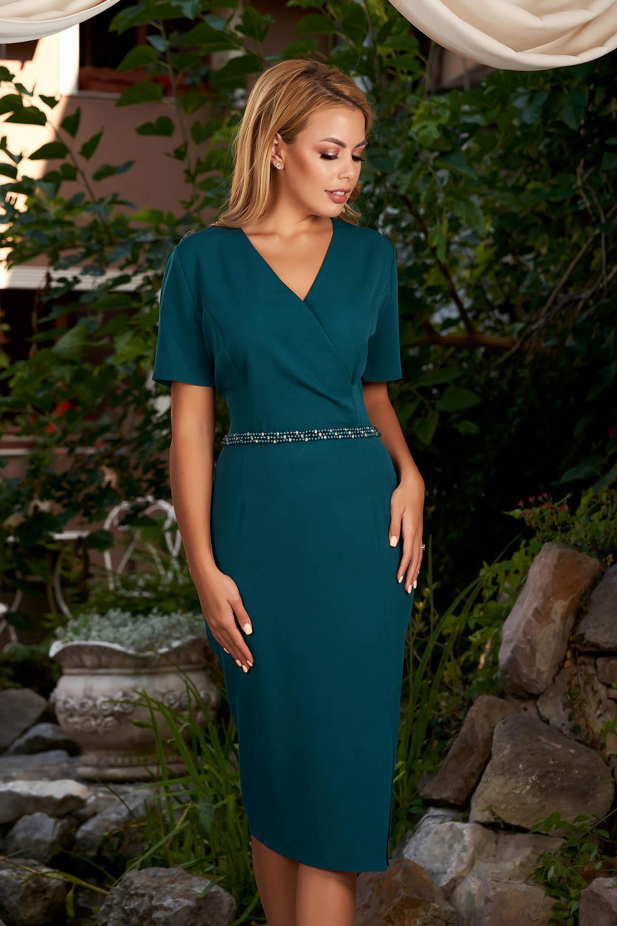 Rochie verde-inchis eleganta de zi midi tip creion cu maneci scurte si decolteu petrecut
