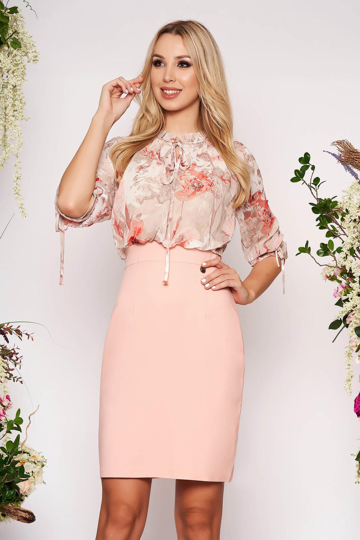 Rochie roz prafuit de zi midi tip creion cu maneci trei-sferturi din voal cu imprimeu floral