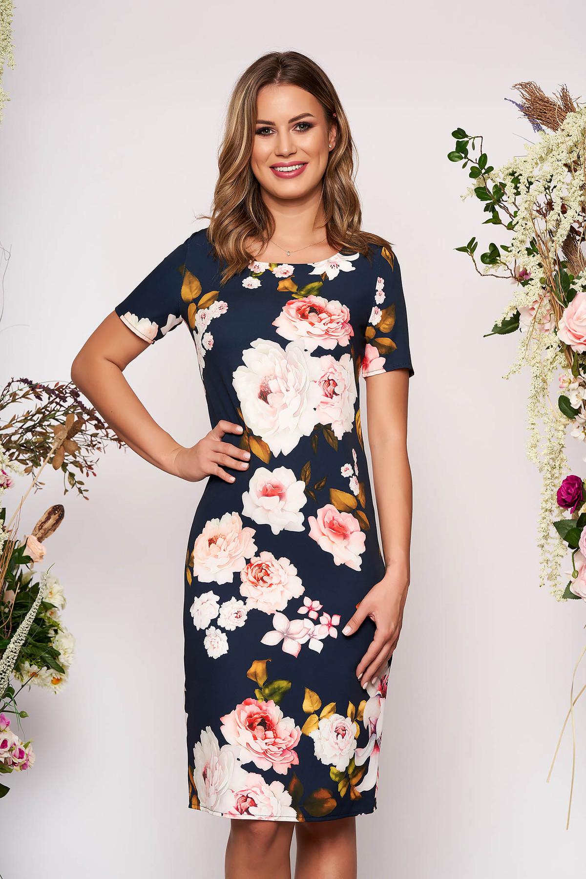 Rochie albastru-inchis scurta cu croi in a cu maneci scurte decolteu la baza gatului cu imprimeu floral