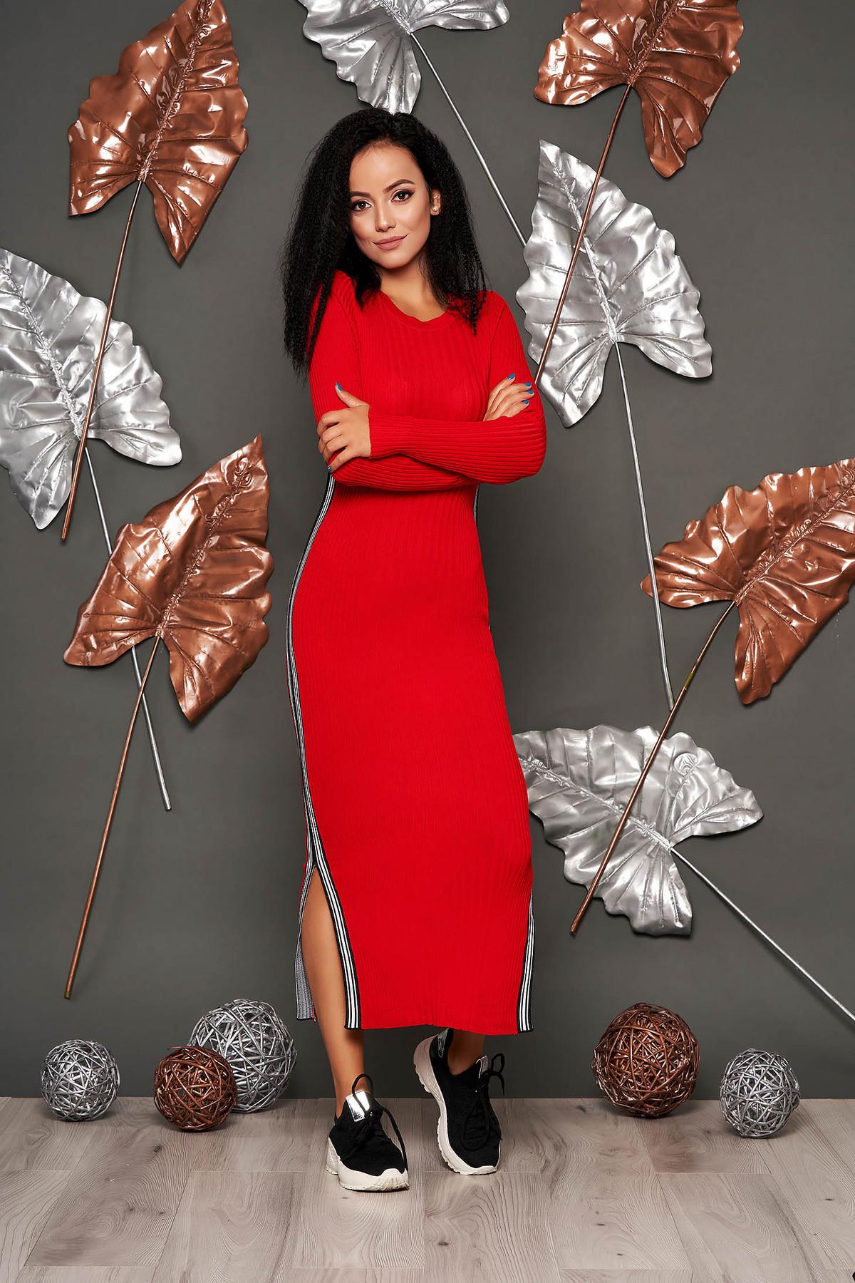 Rochie SunShine rosie casual tip creion din material reiat tricotata cu decolteu rotunjit cu maneci lungi
