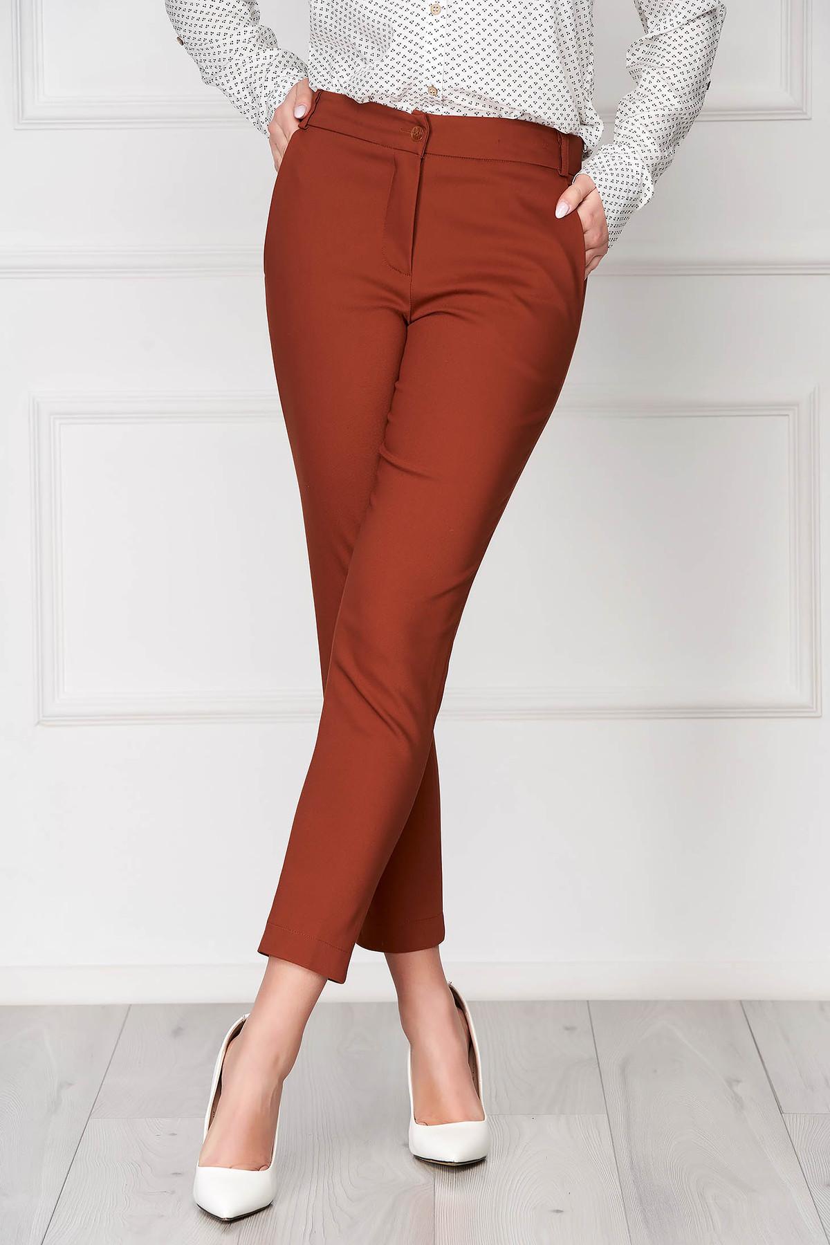 Pantaloni caramizii lungi eleganti cu talie medie conici din stofa subtire cu buzunare imagine