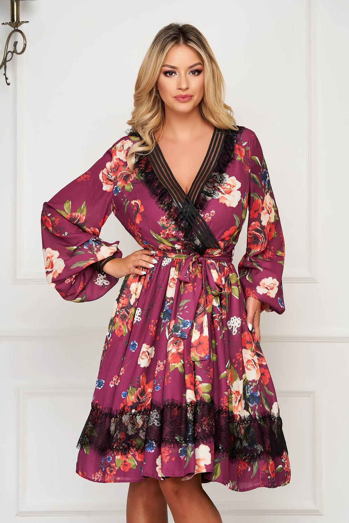 Rochie LaDonna mov midi eleganta in clos din voal cu decolteu in v cu maneci lungi si imprimeu floral