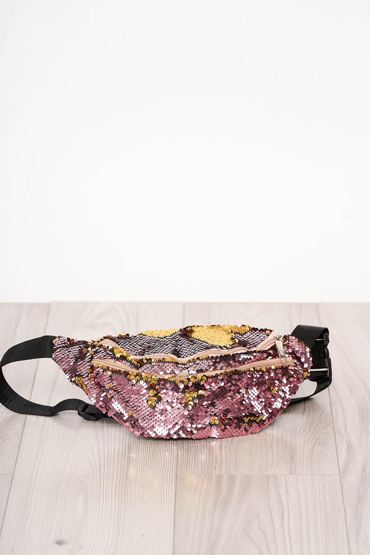 Geanta dama SunShine roz cu aplicatii cu paiete accesorizata cu fermoar cu maner lung reglabil