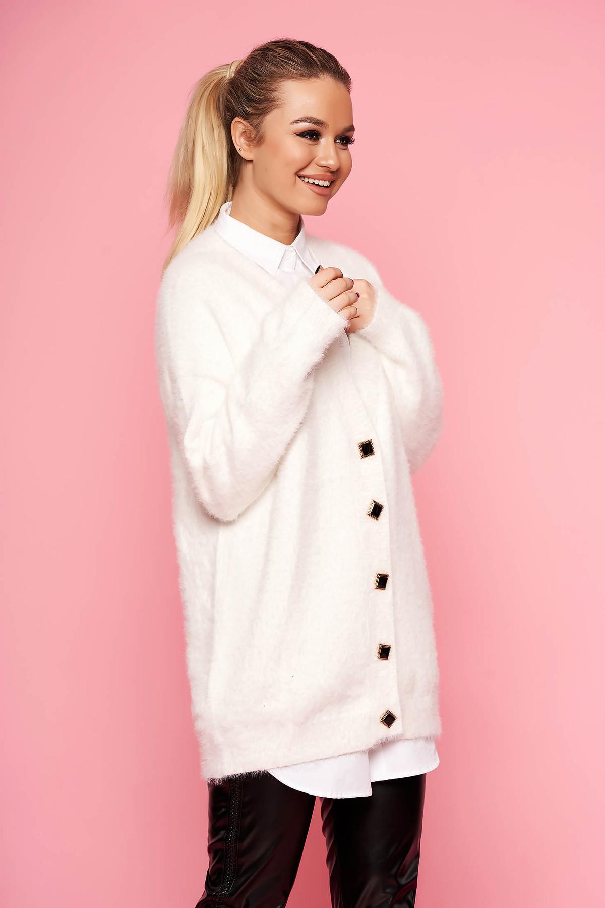 Cardigan SunShine alb elegant oversized cu decolteu in v cu maneci lungi si inchidere cu nasturi
