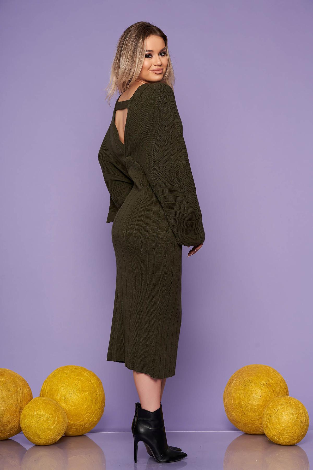 Rochie SunShine khaki midi de zi din material tricotat cu un croi drept cu decolteu in v si maneci largi