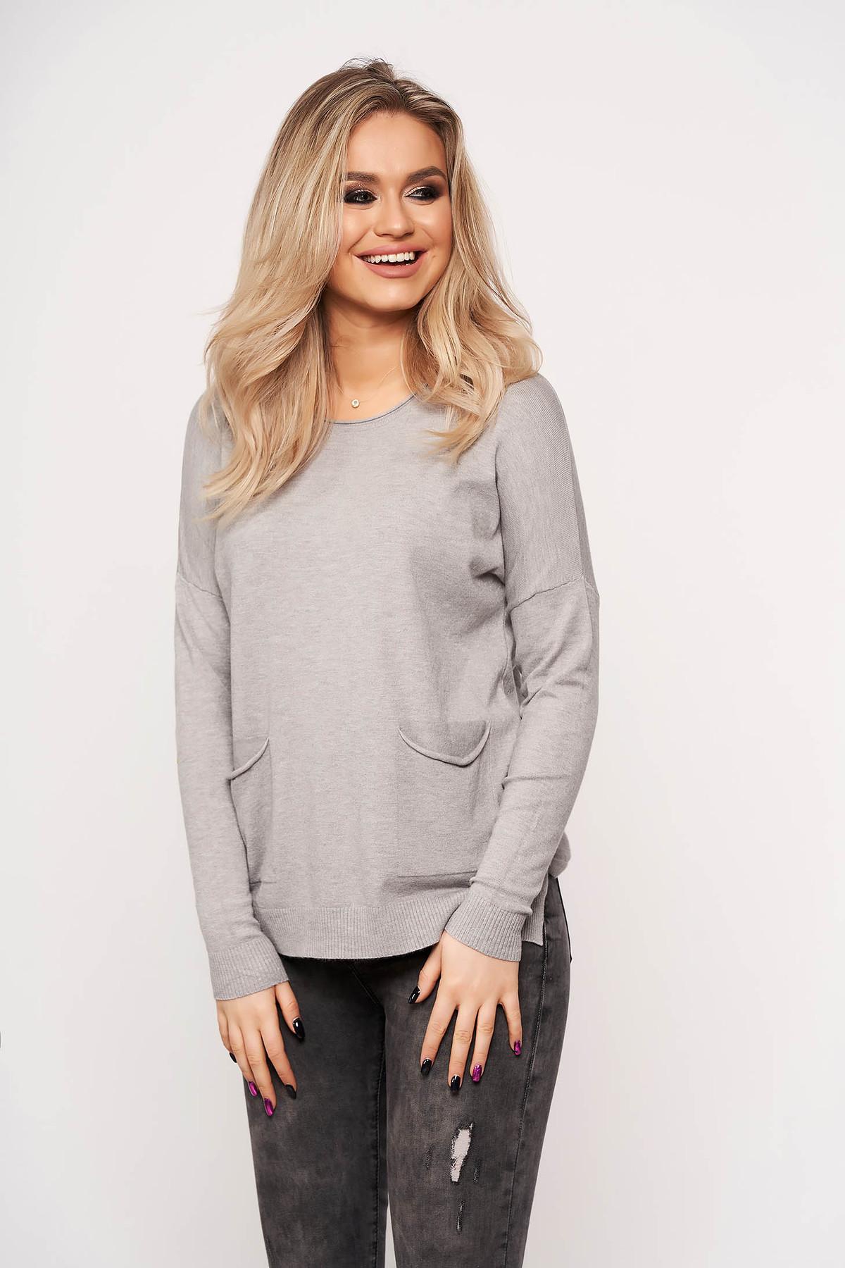 Bluza dama SunShine gri casual din tricot subtire cu buzunare in fata cu guler rotunjit