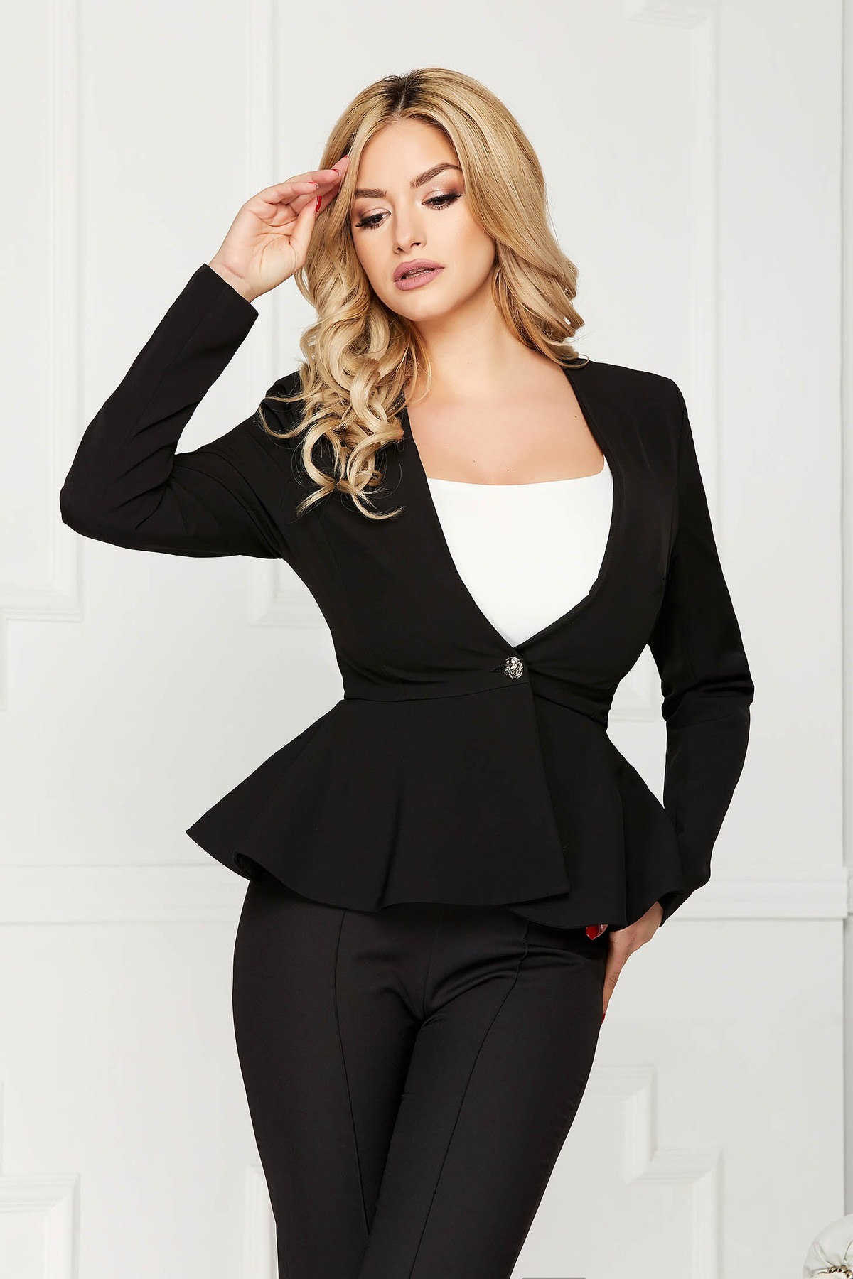 Sacou StarShinerS negru elegant scurt din stofa usor elastica cu maneci lungi captusit pe interior